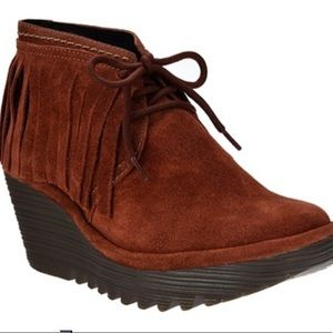 FLY London Yank Wedge Suede Fringe Boots N…